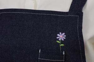 ロゴ刺繍一輪挿し花