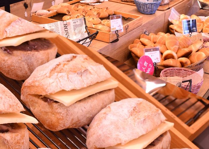 ヌーゼルベル様のおいしいパン